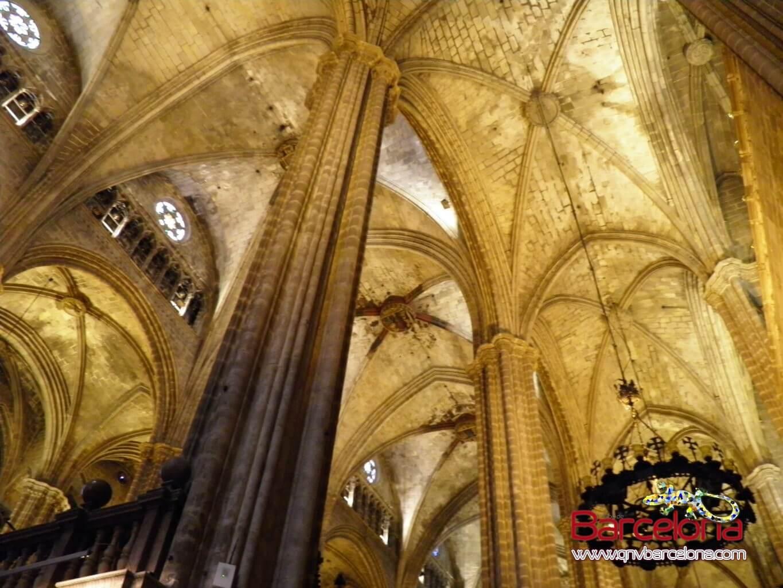 catedral-de-barcelona-04