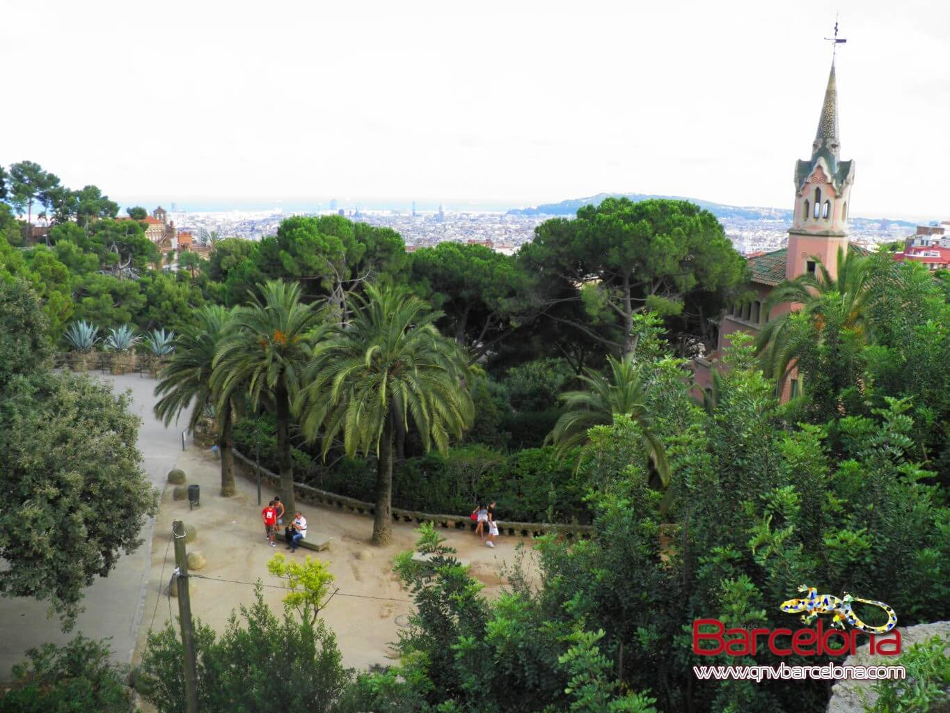 park-guell-barcelona-04