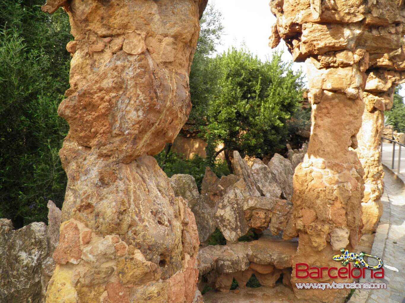 park-guell-barcelona-05