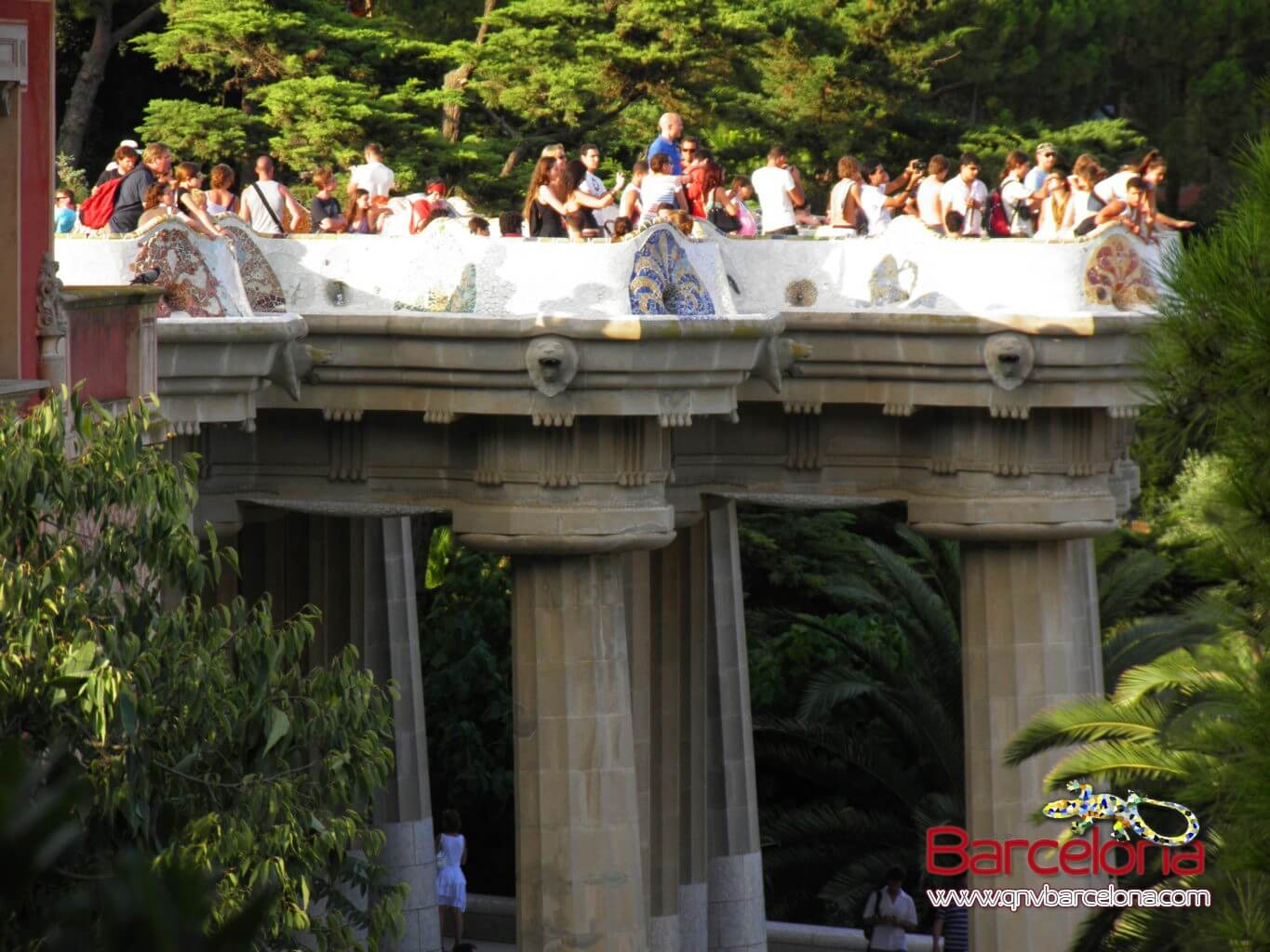 park-guell-barcelona-13