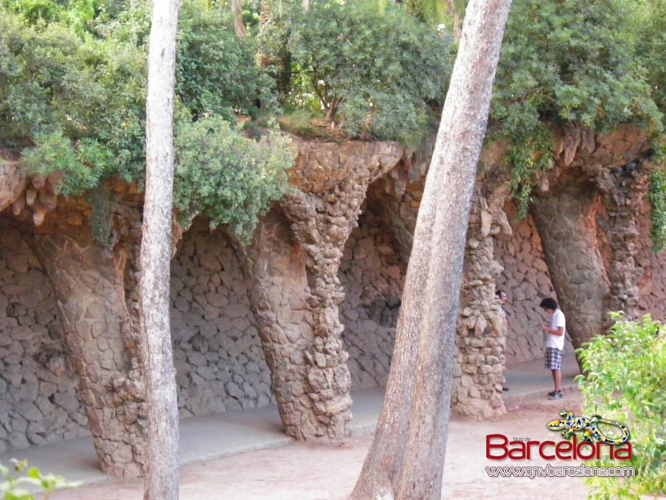 park-guell-barcelona-14