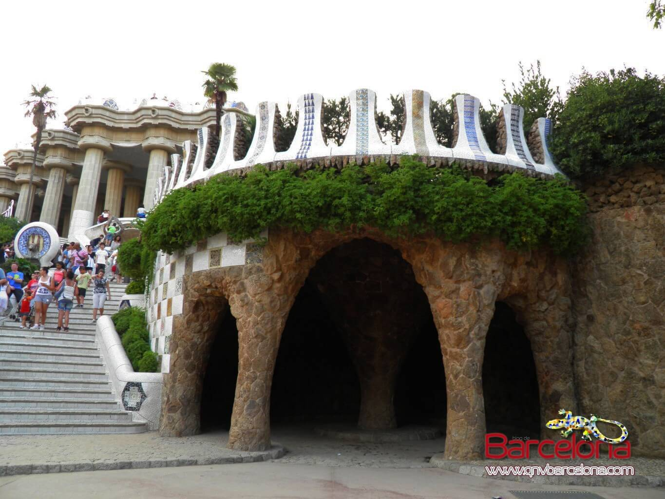 park-guell-barcelona-32