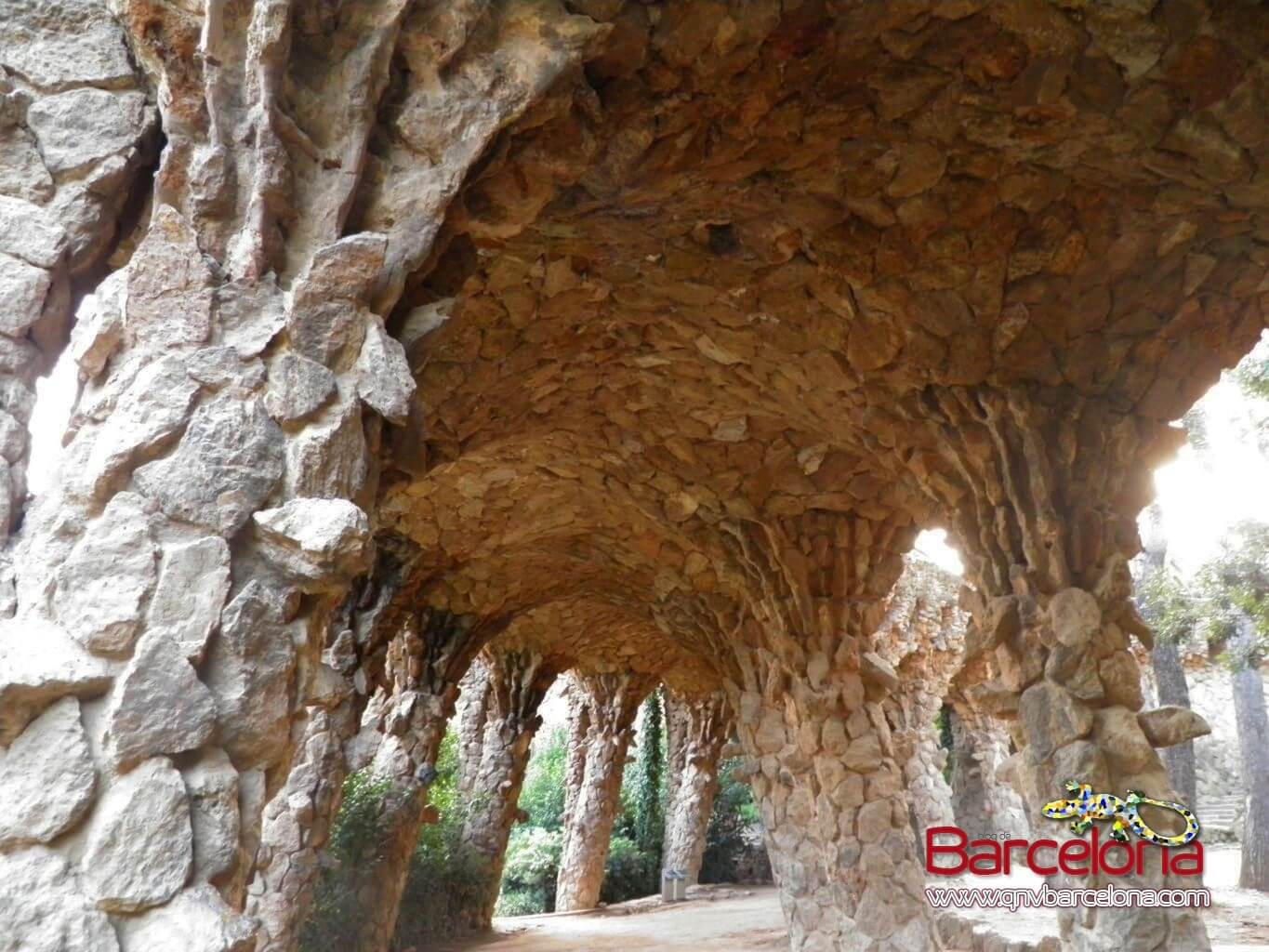 park-guell-barcelona-33