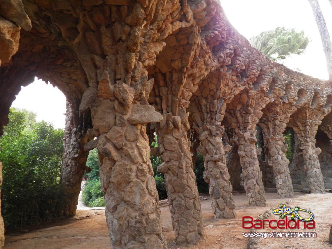 park-guell-barcelona-34