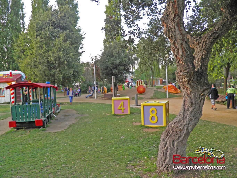 parque-figuras-gigantes-barcelona-06