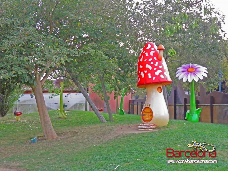 parque-figuras-gigantes-barcelona-10