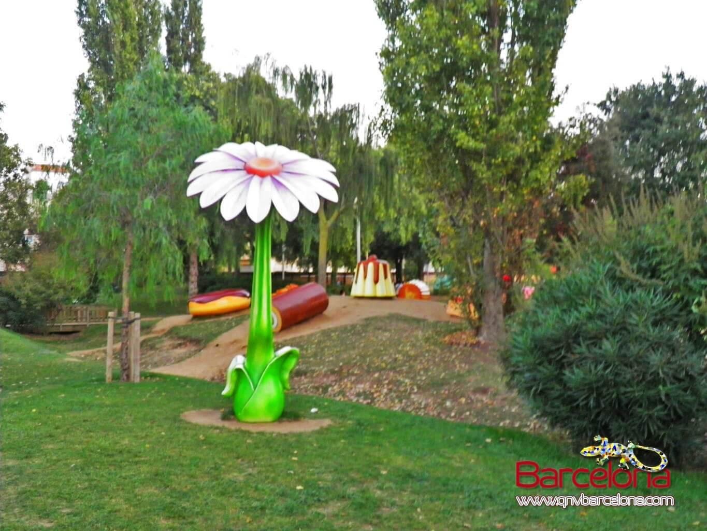 parque-figuras-gigantes-barcelona-13