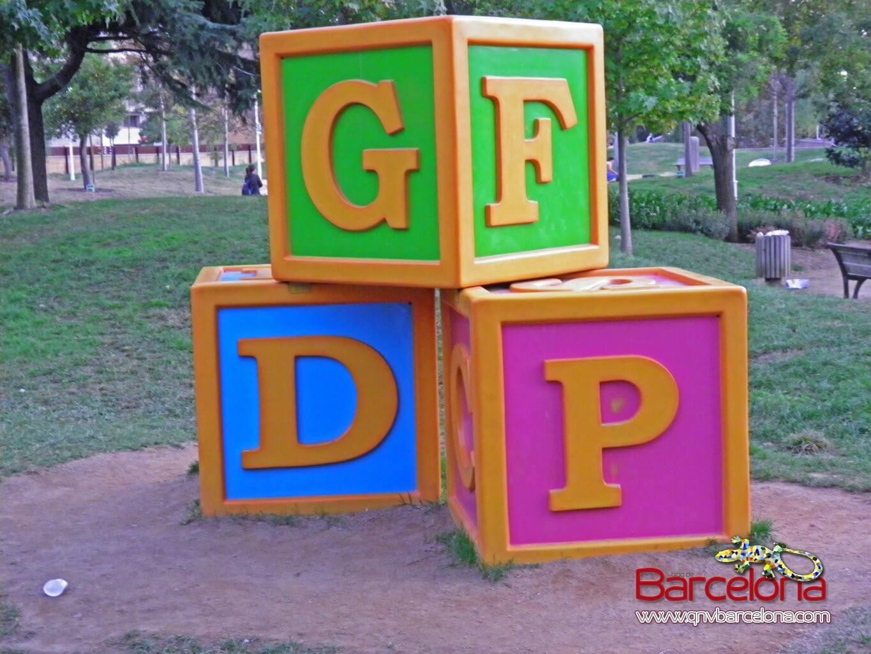 parque-figuras-gigantes-barcelona-16