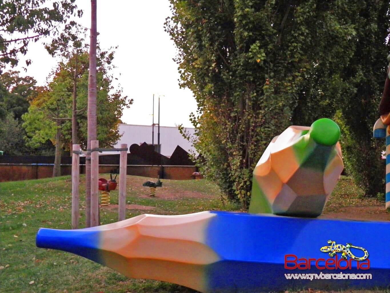 parque-figuras-gigantes-barcelona-18