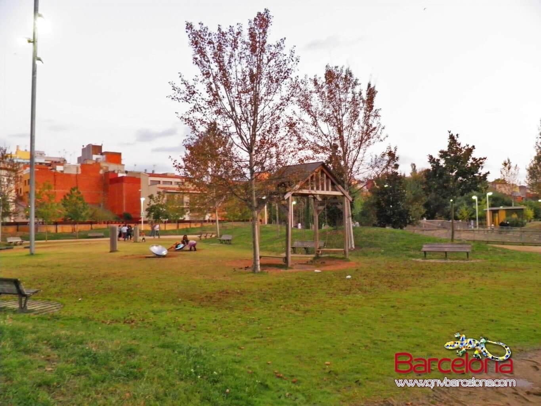parque-figuras-gigantes-barcelona-19
